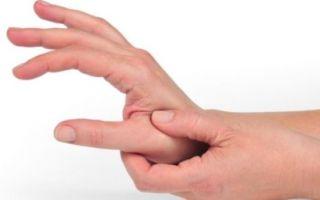 Почему дергается большой палец на руках