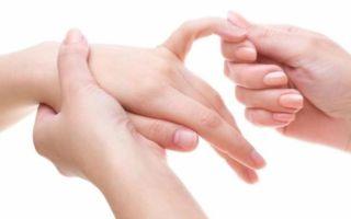 Почему болят суставы больших пальцев рук и как с этим справиться