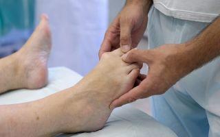 Как правильно распознать и вылечить артрит стопы