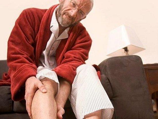 ночные боли в колене