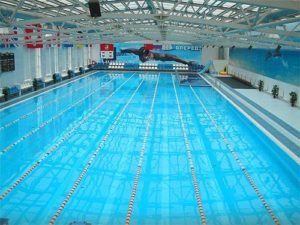 плавания в бассейне очень полезно