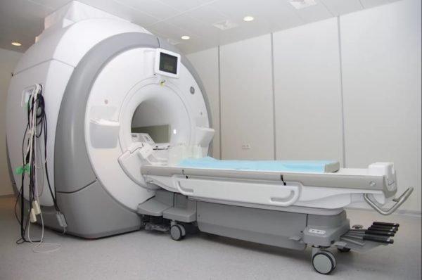 магнито-резонансный томограф