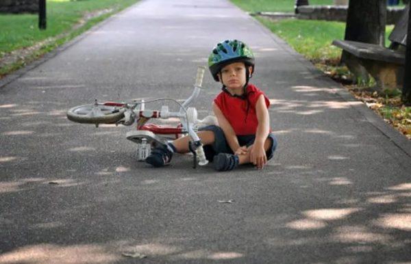 упал с велосипеда