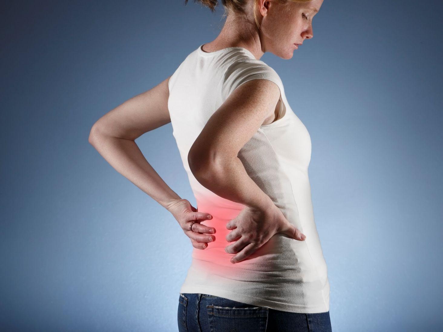 Сильная боль в пояснице, причины, симптомы, способы лечения