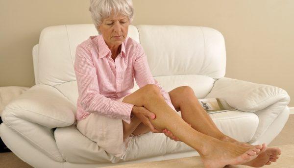 Ноющие боли в ноге от бедра до ступни причины