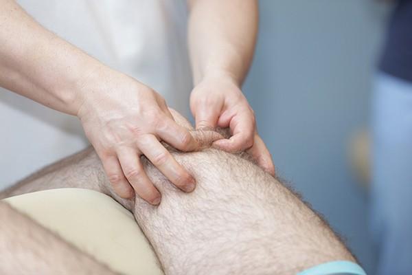 Массаж ног при артрозе коленного сустава видео болезни суставов у животных.бурс суставов