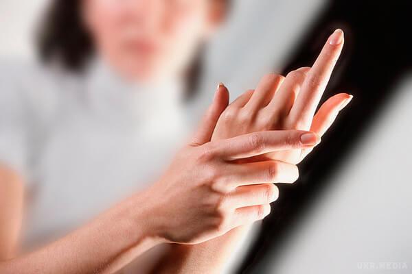 При беременности немеют пальцы на правой руке