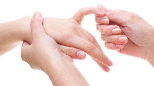 Кулак пальцев 0 5 1 мин сгибание кистевых суставах внутрь чистка суставов лаврушкой