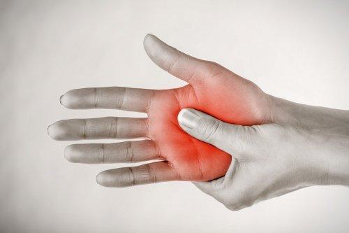 Покалывания в руках и ногах невроз